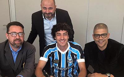 Renovação de contrato do atleta do Grêmio e da Seleção Brasileira de Base Victor Bobsin