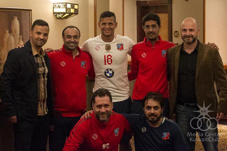 Lucão é o novo centroavante do KUWAIT SPORTING CLUB. O goleador assinou por 2 anos com o clube.