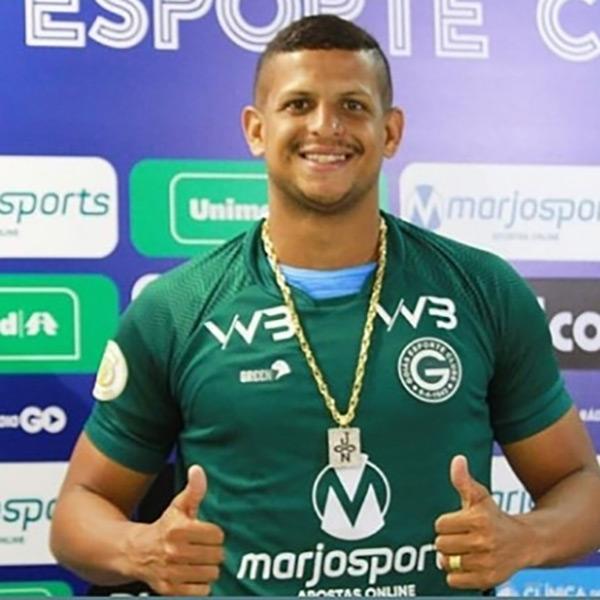 O Goiás Esporte Clube anunciou oficialmente a contratação do centroavante Lucão! Muitos gols para 2020!!! Intermediação da Prattes Planejamento, sob nossa assessoria jurídica